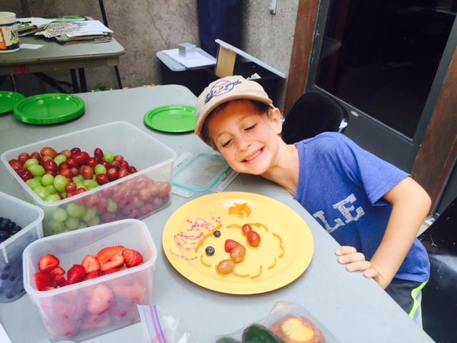 2015VegFest-Kid'sCorner-EatTheRainbow2